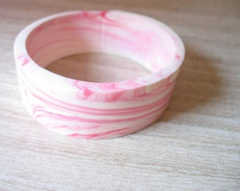 Pink resin bangle , handmade , resin bangle bracelet,  jewelry,pink bangle, broad bracelet , bangle resin , womans jewellery bracelet