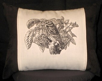 New Embroidered Black and White Goofy Owls Pillow New 12 x 16 — Item 142