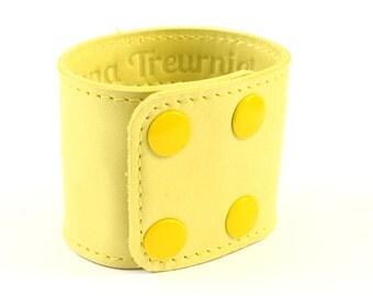Leather wrist wallet bracelet in yellow