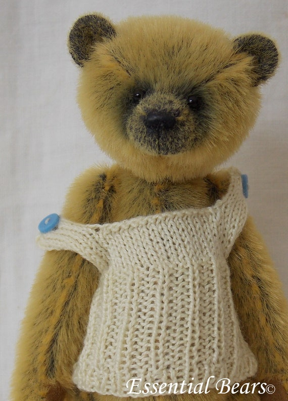 Vest knitting pattern for a miniature teddy bear