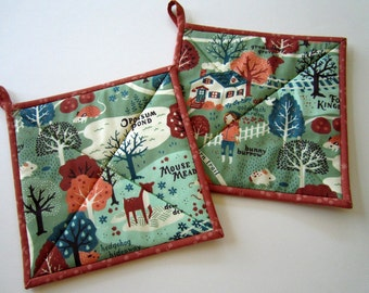 PotHolders Set of 2 - Whimsical Acorn Trail Pot Holders, Kitchen, Forest, Handmade, Hotpad, Hot Pads, gift, Quilted Housewares