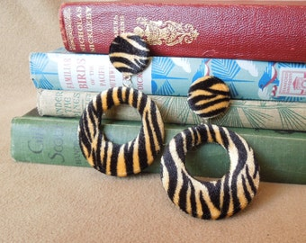 Vintage Tiger Stripe Earrings, Animal Print Earrings, 80's Earrings, Dangle Pierced Earrings in Black and Orange Velvet