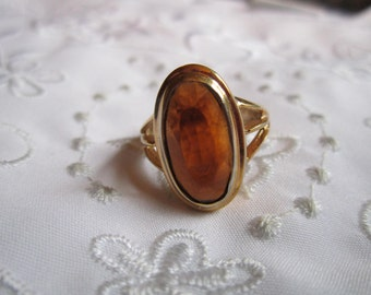Vintage Avon Faux Glass Garnet Ring