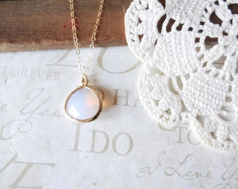 OPAL innocence rough cut opal glass crystal pendant necklace (gold)