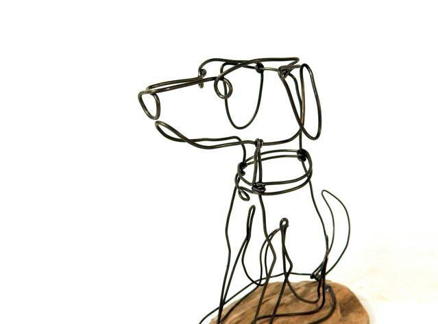 Dog wire sculpture folk wire art dog sculpture by wiredbybud for Dog wire art