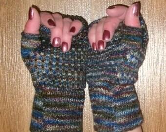 Hand painted fingerless gloves
