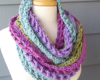 PATTERN S-071 / Crochet Pattern / Sarah Infinity ... worsted 280 yards