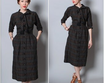 1950's Plaid Pencil Dress / Wiggle Dress / Tie Neck / Black Gray / Size Small