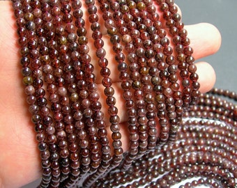 Red Garnet - round  -  4mm round - 94 beads -  full strand - RFG213