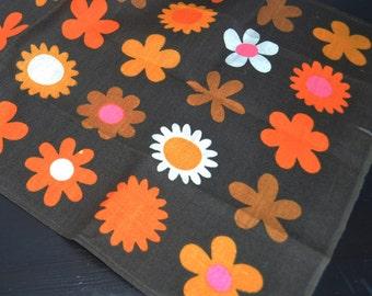 vintage  linen tea towel original tag wild daisy