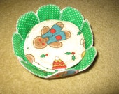 Quilted Set of 4 Gingerbread Coasters in a Bowl