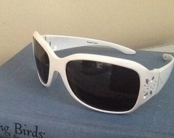 Children's Foster Grant Sunglasses / White Foster Grant Sunglasses / Vintage Foster Grants / Kids Sunglasses / kisvteam