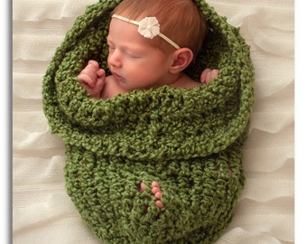Cocoon Baby wrap Photo prop in GREEN, Photography Newborn gift, BABY Photo Shoot wrap, Baby Shower GIFT New Baby Newborn, Cocoon Wrap Nest