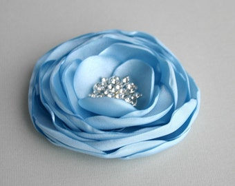 Light Blue Flower Headpiece, Light Blue Flower Hair Piece, Blue Flower Hairpiece, Bridesmaid Accessory, Flower Brooch, Flower Girl