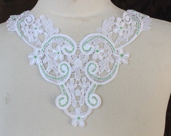 Cute venice applique  white  color 1 pieces listing