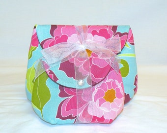 Classic Make Up Bag Set in Pink and Burgandy Floral on Aquamarine Background