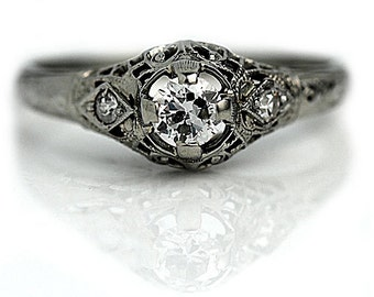 Antique engagement ring one central diamond white gold Art Deco engagement ring circa 1920 for sale