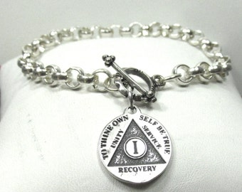 Anniversary Chip Bracelet, 1 Year or Any Amount of Years Medallion - Sterling Silver  - o d a a t