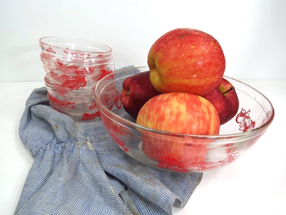 Items Similar To Fruit Bowl Set Clear Bowls With Red