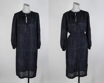 SALE Vintage 80s Dress / 1980s Black Semi Sheer Rayon Printed Sack Dress S M L