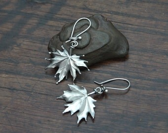 Maple leaf Earrings, unique, extremely light to wear solid Sterling silver drop earrings.