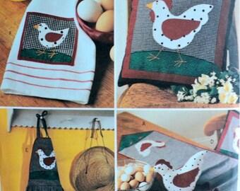 Pattern for Chicken Kitchen Accessories – Butterick No. 2685