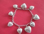 Vintage costume jewelry    /  heart bracelet