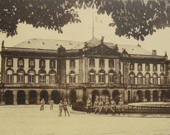Unused Vintage Postcard - Soldiers in Front of the Theatre in Metz, Moselle, France