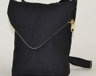 The Artemis, a little organic hemp bag