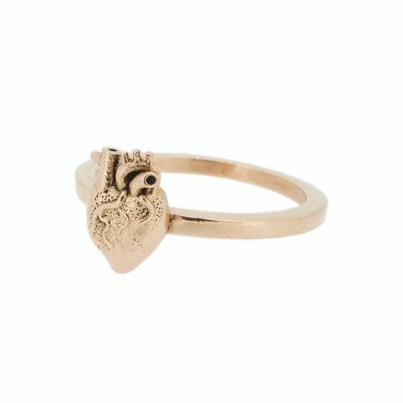 Bien-aimé Anatomical Heart stacking Claddagh Ring in rose gold and RJ26