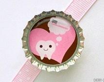 Kawaii Teeth Pink Bottle Cap Magnet - tooth fairy gift, dentist gift, for dentist, office decor, dental hygienist gift, office organization