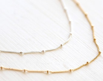 Simply Dotted Necklace // 14k Gold Filled // Sterling Silver // Rose Gold Filled // simple modern everyday layering necklace