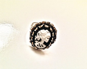 Lady Cameo Ring, Zombie Ring, Skeleton Ring, Black and Cream Cameo Ring, Lolita Ring, Skull Ring