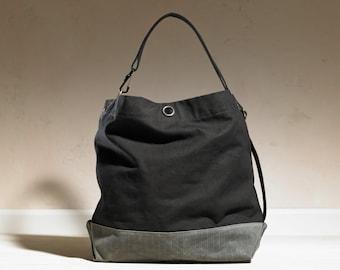 Earhart Shoulder Bag - Black