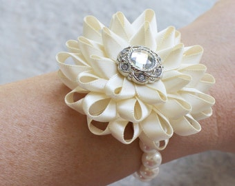 Wrist Corsage, Bridesmaid Corsage, Ivory Flower Bracelet, Wrist Flowers, Custom Wedding Flowers, Bridesmaid Flower Bracelet, Prom Corsage