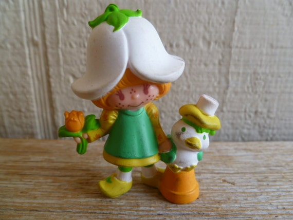 Strawberry Shortcake Mint Tulip with Marsh Mallard PVC