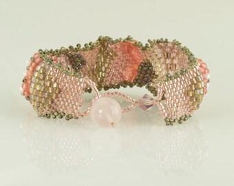 Beaded Bracelet Wave Pink Gray Peyote