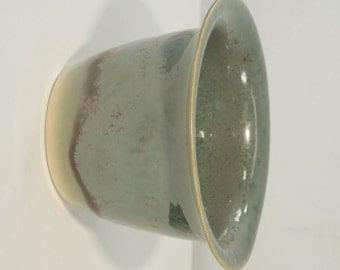 Green mottled pewter patina paint tube holder bowl 72