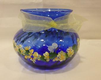 Hand Painted Cobalt Blue Glass Vase Yellow White Flowers Daisies Hydrangeas Butterflies