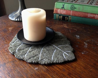 Leaf Candle Mat- Sage Green