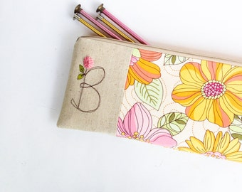 Personalized Knitting Needle Bag, Monogram Knitting Pouch, Craft Organizer for Knitter, Hobby Storage Bag, Gift under 50 MADE TO ORDER