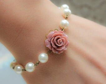 Rose Bracelet Dusty Pink Rose Pearl Bracelet Floral Bridal Accessories Country Chic Wedding Vintage Style Jewelry Bridesmaids Jewellery