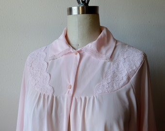 Vintage Bed Jacket 1960s Pink Lingerie with Peter Pan Collar Floral Chantilly Lace Pink Shell Buttons Size Medium to Large