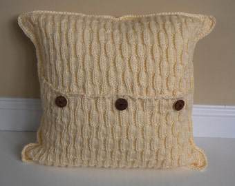 Hand Knitted Pillows by Yvonne, Wavy Rib in Buttercream