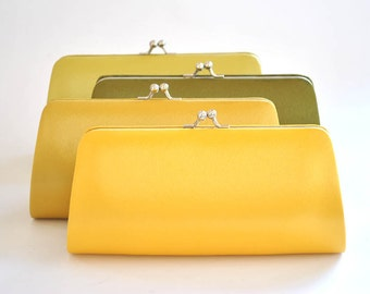 Set of 5  Satin Bridesmaid clutches / Wedding clutches - Custom Color