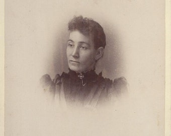 1875-1900 Vintage Cabinet Card of Woman, Ogdensburg NY Photographer