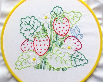 Summer Strawberries - PDF Hand Embroidery Pattern