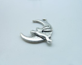 20pcs 20x22mm Antique Silver Rabbit with Moon Charms Pendant B370