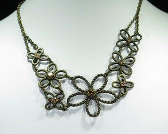 Necklace - Bronze Tone Necklace Shaped Like Flowers