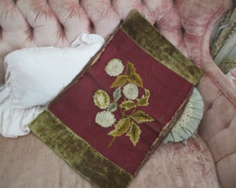 Antique Victorian Red Panel Embroidered Chenille Flower Clusters Moss Green Velvet Hanging V18